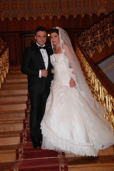 Kutsi ve Eşi Sinem Bayraktutarın Düğün Resimleri